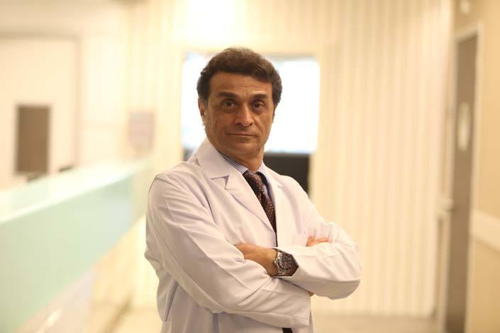 Prof. Dr. Dr. Mustafa  Bozbuğa