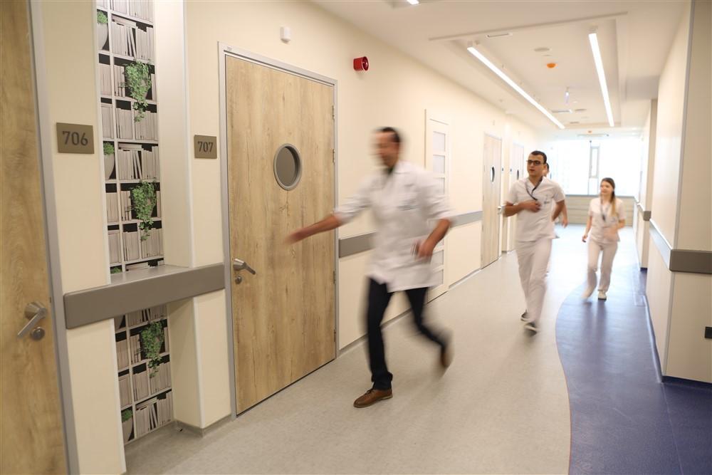 NPİSTANBUL Brain Hospital