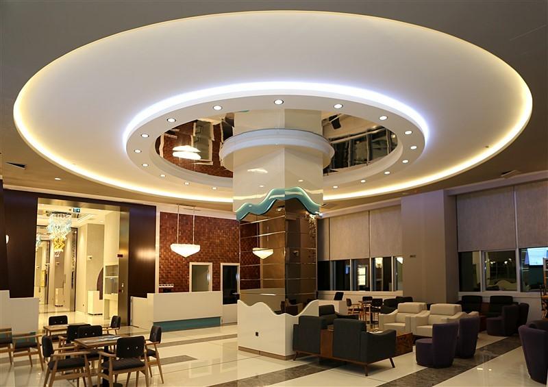 NPİSTANBUL Beyin Hastanesi Lobi
