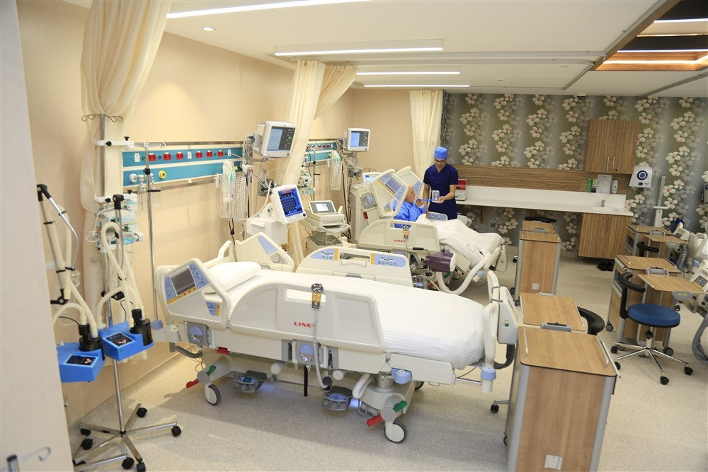 Yoğun Bakım Ünitesi Özellikli Hasta Yatakları