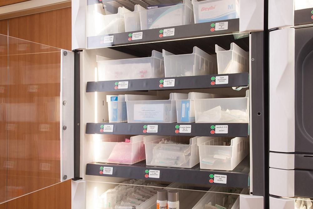 NPİSTANBUL Beyin Hastanesi İlaç Yönetim Sistemi Teknolojisi