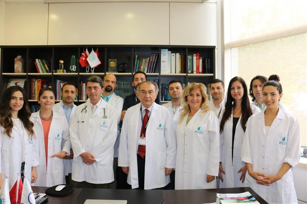 Prof.Dr.Nevzat Tarhan ve Bağımlılık Ekibi