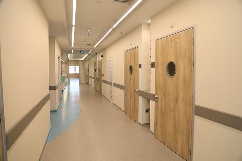 Açık Yatan Hasta Servisi Koridoru