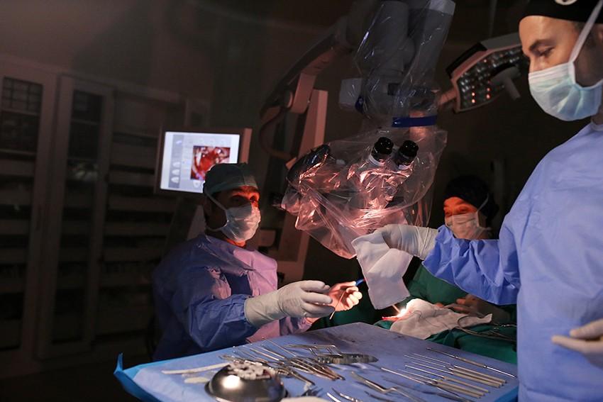 NPİSTANBUL Beyin Hastanesi Beyin Ameliyatı