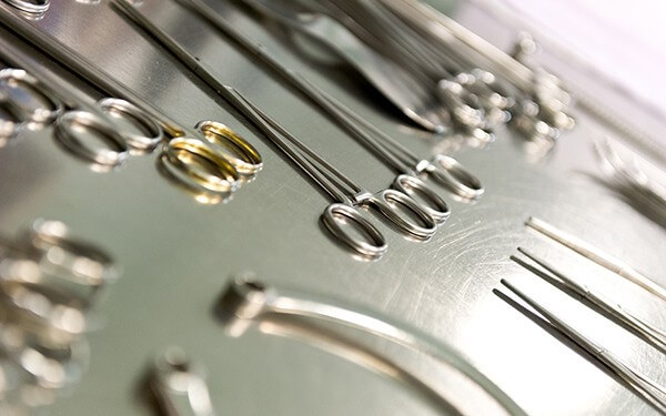 Lazer Kodlu Cerrahi Alet Takip Sistemi